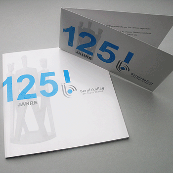 tl_files/atelier80/public/referenzen/print/originale/cover-rheine.png